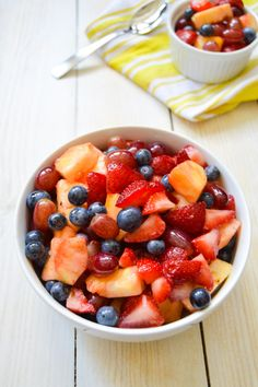 Ginger Vanilla Fruit Salad - Fresh fruit lightly spiced with a ginger and vanilla simple syrup. A perfect fruit salad for fall tailgates and holiday brunches.