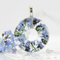 Terrarium Necklace, Real Flower and Resin Necklace, Dainty Necklace,  Forget Me Not Necklace, Pressed Flower Jewelry, Donut Necklace, Circle