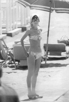 Audrey Hepburn Dotti photographed by Lino Nanni in Ostia, near Rome (Italy), in May Audrey was wearing: Audrey Hepburn Husband, Audrey Hepburn Mode, Audrey Hepburn Pictures, Aubrey Hepburn, Marlene Dietrich, British Actresses, Brigitte Bardot, Old Hollywood, My Idol