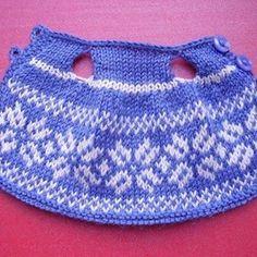 Ещё одно вязаное платьишко для зайки. #платье #платьице #dress #knittingdress #узор #орнамент #звезда #звёзды #вязаноеплатье #вязание #вязаниеспицами #амигуруми #вяжутнетолькобабушки #вяжуспицами #littlecottonrabbits #littlecottonrabbit #knitted #knitting_inspiration #rabbit #ручнаяработа #handmade #bunny #handmaddtoys #knittingaddict #knittersofinstagram #knittedbunny #ручнаяработа #handmade #craft