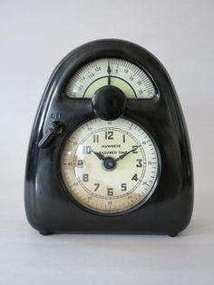 . Art Nouveau, Art Deco, Egg Timer, Isamu Noguchi, Kitchen Timers, Antique Radio, Awesome Kitchen, Old Furniture, Hawkeye