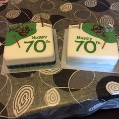 2 cakes for to keen hikers