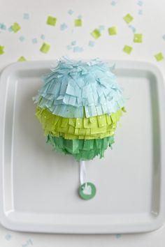 Personal Pin`atas DIY Cinco de Mayo Piñata Favors on http://ruffledblog.com
