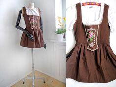 Ein persönlicher Favorit aus meinem Etsy-Shop https://www.etsy.com/de/listing/462505403/dirndl-dress-super-short-xs-german