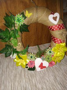Burlap Wreath, Wreaths, Fall, Home Decor, Autumn, Decoration Home, Door Wreaths, Fall Season, Room Decor