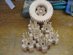 Toy costruction #28: Wheels at last finito!!!