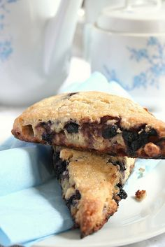Summer Scones: Blueberries & white chocolate by Le Petrin, via Flickr