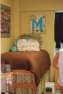 tootledoo designs: Dorm Rooms