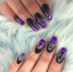 Teamwork makes the dream work baby Our girls & up to add some heat to this fresh set of acrylic extensions now that is how you do flame nail art honey Grunge Nails, Edgy Nails, Aycrlic Nails, Stylish Nails, Hair And Nails, Toenails, Best Acrylic Nails, Acrylic Nail Designs, Nail Swag