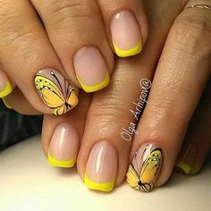 French Nail Art designs are minimal yet stylish Nail designs for short as well as long Nails. Here are the best french manicure ideas, which are gorgeous. Yellow Nails Design, Yellow Nail Art, Gel Nails French, French Nail Art, French Pedicure, French Tip Nail Designs, Nail Art Designs, Pedicure Designs, Butterfly Nail Art
