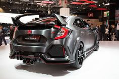 2017 Honda Type R prototype. All three exhaust pipes are functional according to Honda - but that's easy to say when...