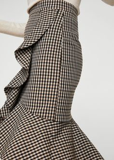Best Fall Outfits : Picture Description 8 Key Pieces to Wear to Work this Fall Cute Skirt Outfits, Cute Skirts, Simple Outfits, Fall Outfits, Jupe Short, Houndstooth Skirt, Casual Skirts, Mode Inspiration, Dance Outfits