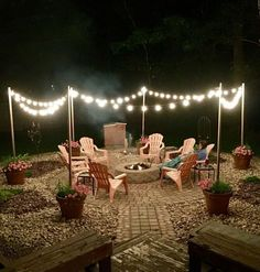 Awesome DIY Fire Pit Plans Ideas With Lighting in Frontyard Fantastische DIY-Feuerstelle plant Ideen mit Beleuchtung in Frontyard Diy Fire Pit, Fire Pit Backyard, Lights In Backyard, Backyard Lighting, Back Yard Fire Pit, Fire Pit Lighting, Deck With Fire Pit, Outdoor Fire Pits, Fire Pit Pergola