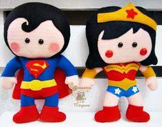 Superman y Mujer maravilla de fieltro