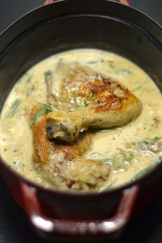 A la demande expresse de ma collègue Pascale, je vous livre la recette précieuse du poulet 8 à 8 de Trish Deseine oucomment épat...