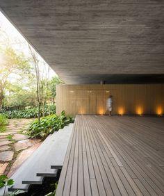 Jungle House (Casa na Mata) by Studio mk27…