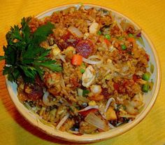 I am always trying to raise the bar on fried rice recipes. This one reminds me of some Vietnamese versions and has a hint of sweetness both from the lup cheong and the ketjap manis. With char siu it will taste more distinctively Chinese.