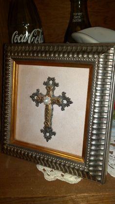 Beautiful cross decor frame. $3!