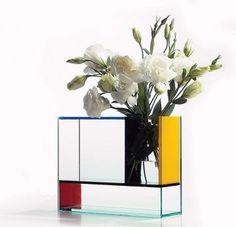 POTTEN EN VAZEN: Glazen vaas met een mondriaan uiterlijk