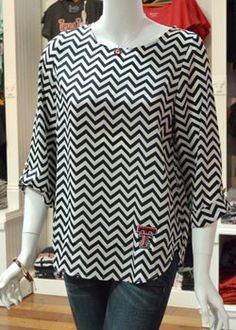 Texas Tech White/Black Chevron ¾ Sleeve Blouse - WHY IS THIS NOT IN MY SIZE???