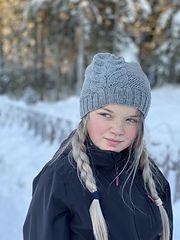 Ravelry: Designs by Renate Dalmo Ravelry, Knitting Designs, Winter Hats, Pattern, Fashion, Knitting Projects, Moda, Fashion Styles, Patterns