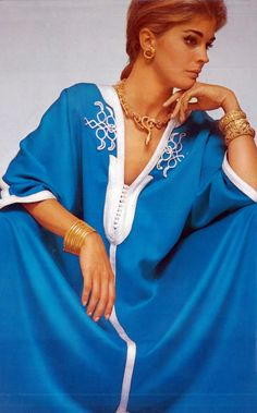 Ethnic Caftan Vogue 1967 Candice Bergen by Bailey