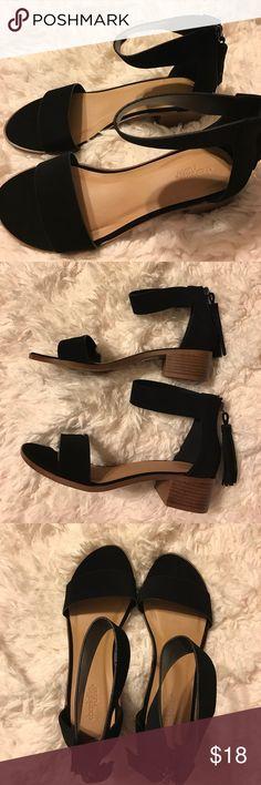 Black Nikki Style Sandals Black Sandals with Low Heel Charlotte Russe Shoes Sandals