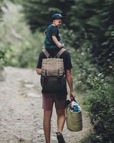 Your favorite photographer's favorite camera bag - 📷: carries the Camps Bay Backpack Family Photography, Inspiring Photography, Beauty Photography, Creative Photography, Digital Photography, Portrait Photography, Creative Portraits, Family Adventure, Family Goals