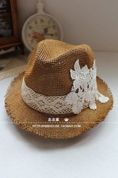 Hollow straw hat summer hat women Korean hat beach hat - All About Fancy Hats, Cute Hats, Fashion Night, Diy Fashion, Fashion Fall, Fashion 2017, Vintage Fashion 90s, Sun Hats For Women, Scarf Hat