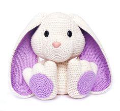 Bunny Easter Bunny Crochet Pattern, Crochet Rabbit, Cute Crochet, Crochet Crafts, Crochet Dolls, Crochet Baby, Crochet Projects, Knit Crochet, Ravelry Crochet