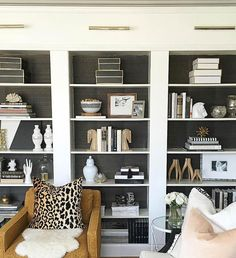 Shelf & console table styling are a top concern for most clients during initial consults. Here are my top 7 things to keep in mind when styling shelves. Painted Bookshelves, Ikea Billy Bookcase, Decorating Bookshelves, Bookcases, Console Table Styling, Bookshelf Styling, Billi Regal, Billy Regal Hack, Living Room Designs
