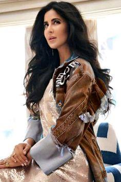 Katrina Kaif Wallpapers, Katrina Kaif Images, Katrina Kaif Hot Pics, Katrina Kaif Photo, Indian Bollywood Actors, Beautiful Bollywood Actress, Bollywood Celebrities, Beautiful Actresses, Indian Actresses