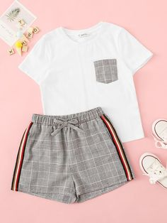 To find out about the Girls Plaid Pocket Top & Side Striped Shorts Set at SHEIN, part of our latest Girls Two-piece Outfits ready to shop online today! Teenage Outfits, Sporty Outfits, Cute Outfits For Kids, Cute Summer Outfits, Cute Casual Outfits, Outfits For Teens, Stylish Outfits, Clothes For Kids Girls, Glamorous Outfits