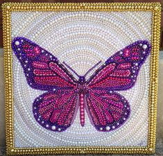 Bead art - can use any kind of strung or loose beads, esp Mardi Gras beads! Bead Crafts, Arts And Crafts, Diy Crafts, Recycled Crafts, Mosaic Projects, Craft Projects, Seed Bead Art, Beads Pictures, Mardi Gras Beads