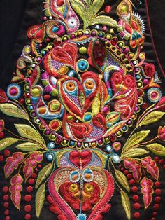 Embroidey from Brittany by Pascal Jaouen Ribbon Embroidery, Embroidery Stitches, Embroidery Patterns, Uncommon Threads, Mask Painting, Chinese Patterns, Passementerie, Crochet Cross, Sewing Art