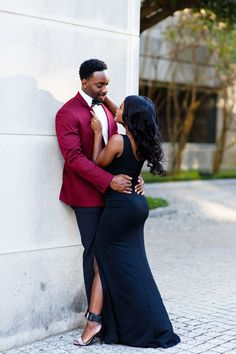 Burgundy suit jacket with black bowtie. Photo by The Amber Studio, Dallas wedding photographer. Shared by SPCN. Formal Engagement Photos, Engagement Photo Outfits, Family Photo Outfits, Couple Outfits, Engagement Couple, Engagement Pictures, Engagement Session, Engagements, Ideas Para Photoshoot
