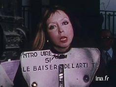 ORLAN - La Baiser de l'Artiste - 1977 elles@centrepompidou - Parcours