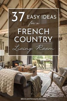 French Country Wall Decor, French Country Colors, Country Style Living Room, French Country Interiors, Modern French Country, French Country Bedrooms, French Country Farmhouse, French Home Decor, French Country Decorating