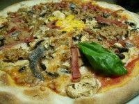 Pizza Volcán del Teide / Pizzeria GranDItalia / La Matanza