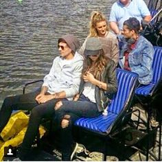 Eleanor Calder Louis Tomlinson With Zayn Malik And Perrie Edwards Zayn Malik Family, Zayn Perrie, The Way He Looks, Eleanor Calder, Jesy Nelson, Perrie Edwards, Michael Clifford, Girl Bands, The Vamps
