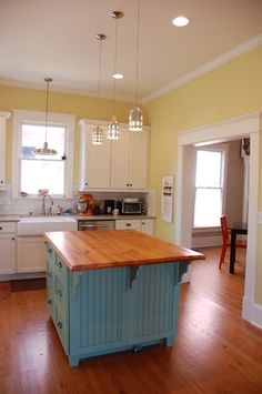 Modern Vintage Kitchen Eclectic I Love The Blue Island Pale Yellow Walls With White Trim