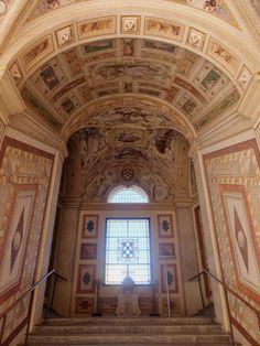 Palacio. Primer tramo de escalera imperial