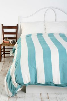 Blue striped comforter cover
