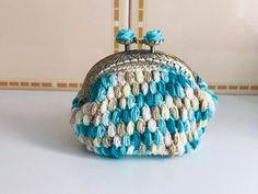 No te pierdas este artículo de mi tienda de #etsy: Moederos Monedas Hecho a Mano en Crochet y Forrado en Tela ( Coin Purses Handmade Crochet ) Etsy, Crafts With Bottles, Cotton Canvas, Coining, Facts, Hands, Tent, Handmade