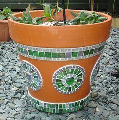 Muni's Mosaics   Pots                                                       … …
