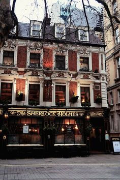 Sherlock Holmes Pub, London , England photo via carolina London Pubs, London Restaurants, London City, London Style, London Hotels, Places To Travel, Places To See, Kusadasi, Voyage Europe