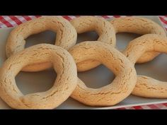 Salvadorian Food, Mexican Bread, Onion Rings, Food Videos, Ecuadorian Recipes, Deserts, Cooking Recipes, Cupcakes, Banana