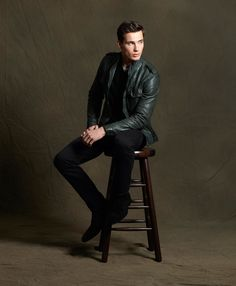 Vince leather jacket, sweater, tee, pants and BOSS Black boots. http://www.saksfifthavenue.com/main/ProductDetail.jsp?PRODUCT%3C%3Eprd_id=845524446524081%3C%3Efolder_id=2534374306599076=jEzbgUy=mnsvncfll2012vntlook1shopthislookpd?site_refer=SOC_PIN