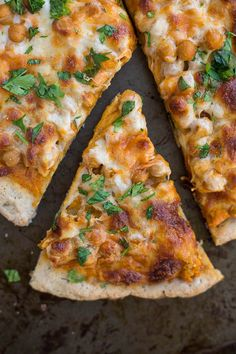 20 Amazing vegetarian pizza recipes you wish you made sooner! #vegetarianpizzarecipes #meatlesspizzas #pizzarecipes Vegetarian Pizza Recipe, Pizza Recipes, Beef Recipes, Whole Food Recipes, Vegan Recipes, Vegan Meals, Recipes Dinner, Healthy Meals, Easy Recipes
