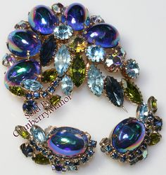 Vintage Rhinestone Blue Green Bicolor Multichrome Oval Cabochon Brooch & Earrings